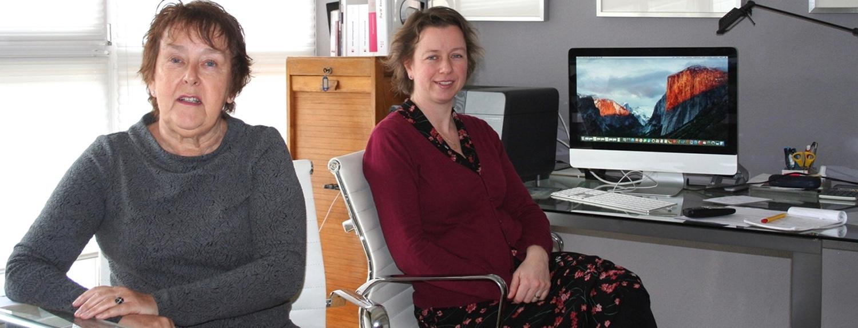 Joke en Annelies in het kantoor van Babbe-Belastingadviseurs